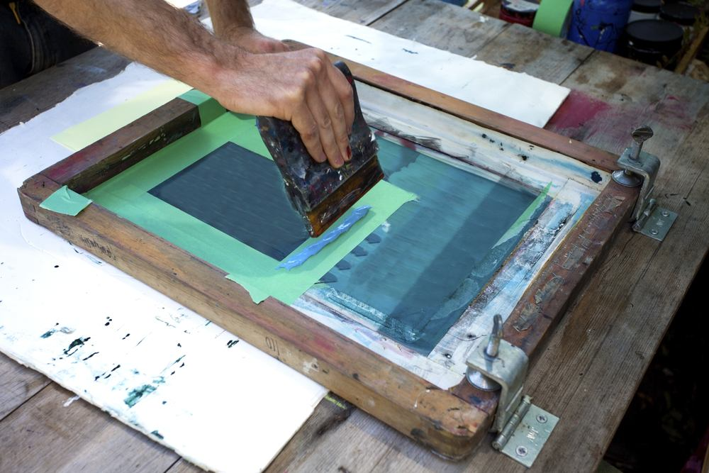 How to screenprint at home custom logos for T shirt screen printing nyc